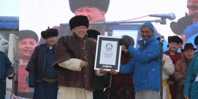 """""""Монгол тэмээ-999"""" арга хэмжээ Геннисийн дээд амжилт тогтоолоо"""